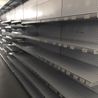 Scaffalature Metalliche Componibili Milano.Scaffalature Da Supermercato Sottocosto Scaffalature Usate E Nuove